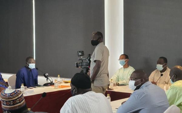 Partenariat : TNT by Excaf et l'Association des maires du Sénégal veulent former les jeunes pour la vente, l'installation et la maintenance des décodeurs