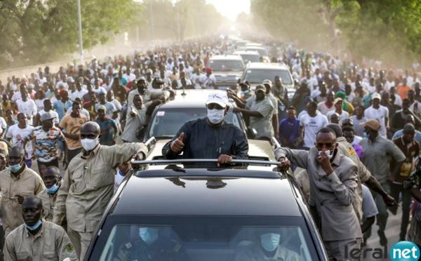 Arrivée à Kaffrine : une marée humaine à l'accueil du président Macky Sall
