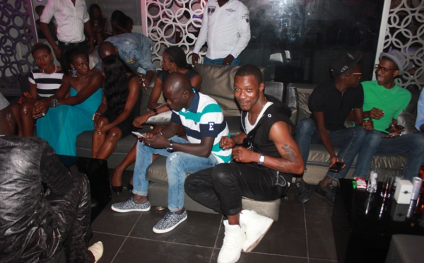 Tange Tandian aux côtés des Lionnes du basket, lors de la soirée de Pape Diouf au Barramundi