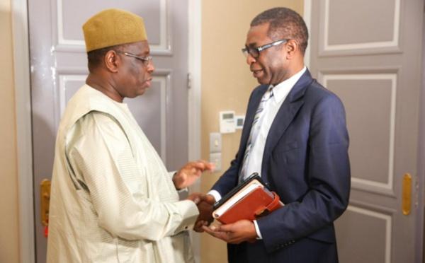 Youssou Ndour présente son nouvel album au Président Sall