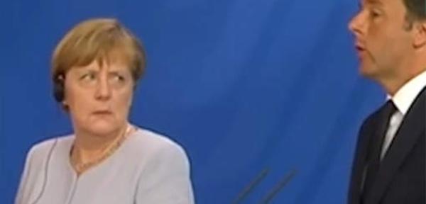 Le regard noir de Merkel après une blague de Renzi