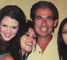 Kim Kardashian : des photos de famille inédites publiées en hommage à leur père mort