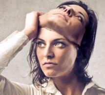 Comment reconnaître une grande manipulatrice en 5 étapes
