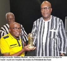 Gohou Michel sacré meilleur acteur comédien d'Afrique de l'Ouest