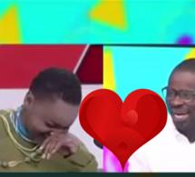 """Vidéo – Pape Cheikh Diallo à Aissatou Paye Fall en direct: """" Tu m'aimes  toujours, tu veux me reconquérir…"""""""