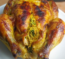 Cuisine marocaine : Poulet farci et cuit au four / Stuffed and baked moroccan chicken