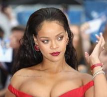 Rihanna se la coule douce lors de la dernière étape de sa tournée promotionnelle pour le film, Valerian (images)