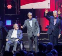 Vidéo-Cinq anciens présidents à un concert de charité après les ouragans