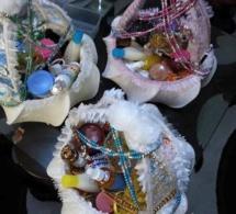 """Coin des femmes: Les petits pagnes, les perles, l'encens c'est encore plus que cela ! """"Jongué"""" l'art de séduire des femmes sénégalaises"""