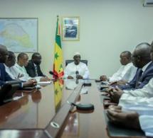 Macky Sall a reçu les familles des victimes du drame de Demba Diop