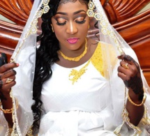 Photos-Mariage: Heureux Ménage Mme Cissé toute radieuse