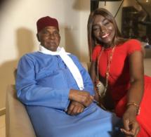 (PHOTOS)- Audience: Le Président Abdoulaye Wade reçoit la chanteuse Coumba Gawlo Seck