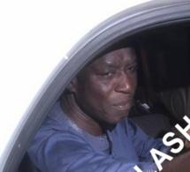 Vidéo-Thione Seck entrant dans sa demeure après sa libération. Regardez l'accueil chaleureux