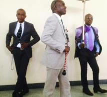 Hommages à Papa Wemba: les sapeurs saluent leur pape une dernière fois (images)
