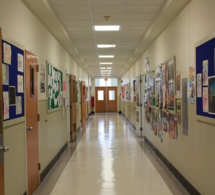 Une mère défend sa fille victime de harcèlement sexuel à l'école