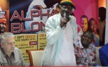 Alpha Blondy  traite Blaise Compaoré de prisonnier en plein air