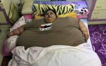A 36 ans, elle pèse 501,6 kilos… et ne sort plus de chez elle depuis 25 ans