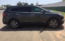 A vendre  : Hyundai Santafe Essence Automatique  année 2014