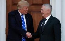 """Donald Trump nomme """"l'enragé"""" James Mattis à la tête du Pentagone"""