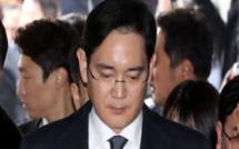 Lee Jae-Yong, l'héritier de l'empire Samsung, a été arrêté pour corruption et trafic d'influence