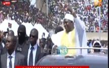 Vidéo – L'incroyable accueil des Gambiens réservé à leur Président Adama Barrow..  Regardez!!