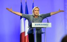 Présidentielle en France : le Kremlin dément préférer Le Pen
