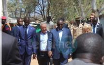 """Pose de la première pierre des travaux de restructuration de la """"Cité Baraka"""" par S.E Monsieur Macky Sall président de la république."""