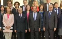 France: le gouvernement Cazeneuve a officiellement démissionné