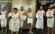 Trop chaud dans le métro de Budapest ? Des Hongrois embarquent en serviette de bain