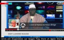 Vidéo: Macky Sall demande à Sidy Lamine Niasse d'aller en Birmanie, version Sa Ndiogou... Regardez sa réaction !!  A mourir de rire !!