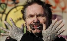 Cet homme a 278 piercings sur le pénis sans compter tous les autres sur son corps.