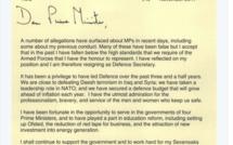 Accusé de harcèlement sexuel, le ministre de la Défense britannique démissionne