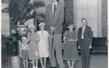 Robert Pershing Wadlow, l'homme le plus grand du monde ayant existé, avec 2,72 mètres, pointure: 71