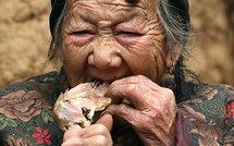 [Vidéo / Photo ] Une femme chinoise a des cornes qui poussent sur son front