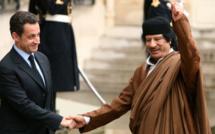 Kadhafi-Sarkosy : Liaisons dangereuses entre Paris et Tripoli ?