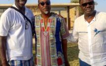 Yérim Sow au milieu avec les journalistes Cissé et Pape Diouf, ancien président de Marseille