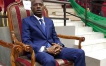Idrissa Seck raconte les dieuw et les djebané d'Abdou Mbow à Saint James