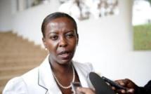 Candidature Oif: Macron soutient la Rwandaise Louise Mushikiwabo