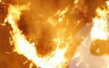Suisse : Un homme se dispute avec sa compagne et se boute le feu
