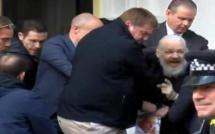 VIDEO-Les images saisissantes de l'arrestation de Julian Assange, le fondateur de WikiLeaks