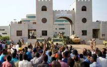 Soudan: le nouveau chef militaire annonce la levée du couvre-feu