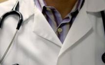 États-Unis: Au moins 177 étudiants agressés sexuellement par un médecin universitaire