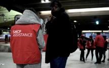 Grève: A Paris, les commerçants inquiets mais solidaires, les voyageurs sereins