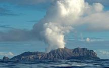 Nouvelle-Zélande: Au moins cinq morts et plusieurs blessés dans l'éruption d'un volcan