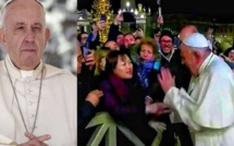 Quand le Pape François s'énerve contre une fidèle le soir du Nouvel an (Vidéo)