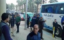 Un car de touristes attaqué devant un hôtel au Caire