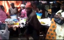 """[Vidéo] Le """"Tassou"""" de l'année, l'homme et sa femme muette"""