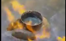 Vidéo - Étrange ce feu ! Regardez