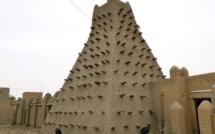 Mausolées de Tombouctou: la CPI va juger Ahmad al Faqi Al Mahdi