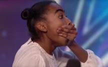 """Cette participante de 14 ans monte sur la scène de l'émission """"Un incroyable talent"""". À 39 secondes, vous serez ébahi."""